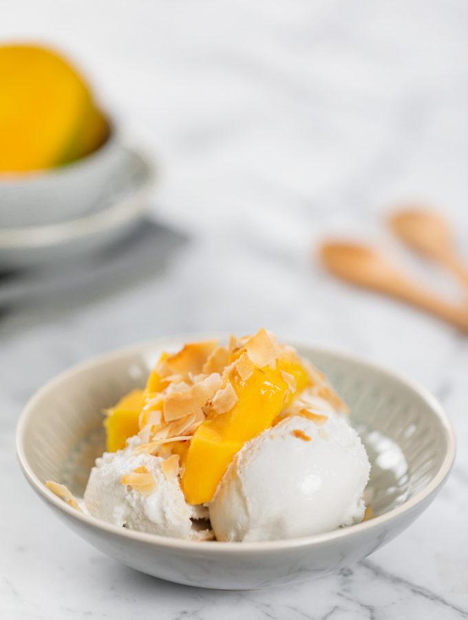 coconut & vanilla ice cream | www.curatedlifestudio.com
